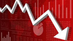 Экономика РФ находится в незавидном состоянии и без санкций – Bloomberg