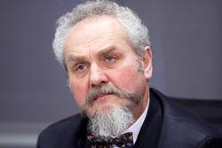 Профессор МГИМО Зубов считает, что Путин губит великую русскую нацию