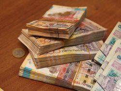 Курс тенге на Форекс снижается к фунту стерлингов и японской иене