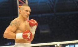 Усик защитил титул Интерконтинентального чемпиона WBO
