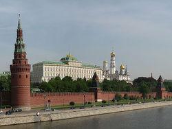 Разрывая экономические связи с другими странами, Россия самоизолируется