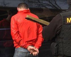 Киев начали зачищать: в Гидропарке задержана вооруженная банда