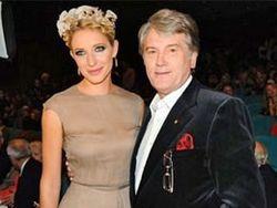 Ющенко вывел в свет дочерей и лечит сына от игромании