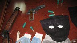 В Узбекистане пятеро в черных масках украли 27000 долларов