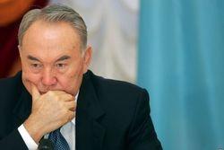 Назарбаев не собирается присутствовать на похоронах Каримова