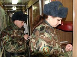 """Пограничники Украины пресекли въезд свыше 330 """"подозрительных"""" граждан России"""