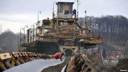 Озодлик: «Узбеккумир» не может получить долги с бюджетных организаций за уголь