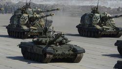 Несмотря на рецессию, Россия повышает расходы на оборону