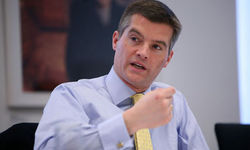В Британии министр ушел в отставку из-за уборщицы-гастарбайтера