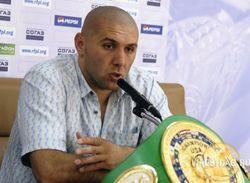 """Еще один боксер из РФ – Абдусаламов, обещавший размазать Кличко, """"сел в лужу"""""""