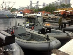 Спецназ ВМС Украины осваивает в Одессе американские скоростные катера