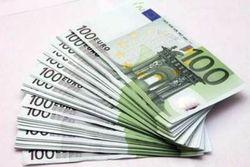Официальный курс евро впервые стал выше 49,3 рубля