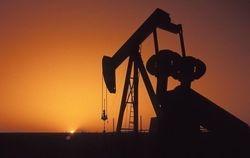Спрос в США обваливает цены на нефть