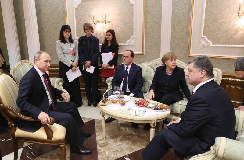 Встреча Трампа иМеркель перенесена