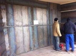 В Донецке вход в ОДА заварили железом