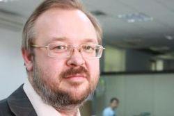 Ситуация в Донбассе напоминает многослойный пирог интересов – Ермолаев