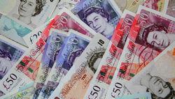 Курс доллара за неделю значительно ослаб к фунту, и вырос к евро и франку на Форекс