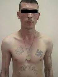 На Луганщине ГПС задержала русского неонациста с агитками сепаратистов