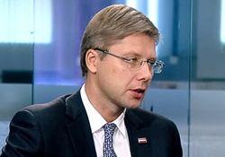 Мэра Риги наказали за общение в соцсетях на русском языке