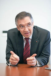 Посол рассказал, когда Канада начнет поставлять оружие Украине