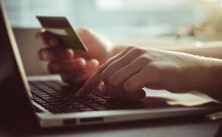 Россияне вдвое увеличили расходы на покупки в интернет-магазинах
