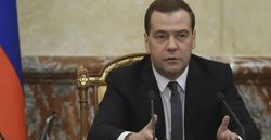 Медведев нашел причину срыва туристического сезона в Крыму