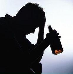 В Латвии от контрафактного алкоголя умер шестой человек