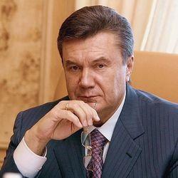 Янукович раскритиковал правительство, но Азарова в отставку не отправляет