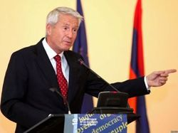 Ягланд снова занял должность генсека Совета Европы