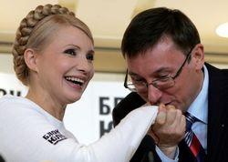 Янукович: Луценко не стоит равнять себя с Тимошенко