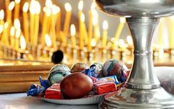 Необычные и странные традиции праздновать Пасху