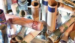 Евро укрепляется до 1.2555 на Forex