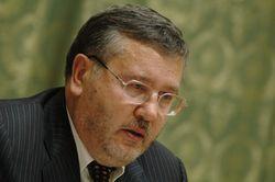 Гриценко опроверг информацию о введении в Киев войск