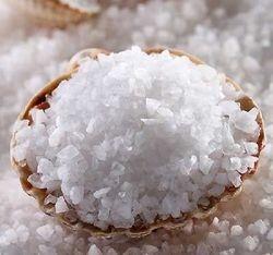 Ученые Великобритании развеяли миф о полезности морской соли