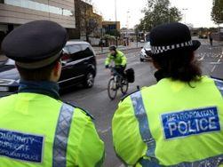 """Полиция Лондона """"отметила"""" Новый год забастовкой - причины"""