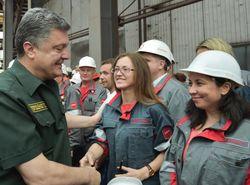 В Мариуполе Порошенко призвал быть готовыми к «подлому нарушению перемирия