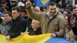 Ангела Меркель и ЕС видят Виталия Кличко лидером оппозиции в Украине