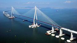 Керченский мост потребует больших жертв от России – эксперт