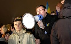 """Президент клиники """"Борис"""" рассказал, кто и как у Луценко брал кровь на алкоголь"""