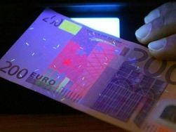 В Украине выросло количество фальшивых банкнот номиналом 200 евро