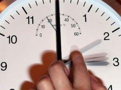 В ночь на 29 марта украинцы переведут стрелки часов на 1 час вперед