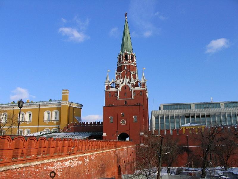 Спасская башня одна из 20 башен Московского Кремля, выходящая на
