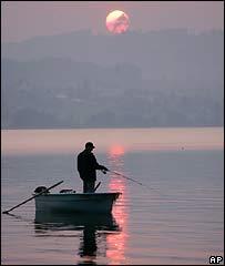 Казахские рыбаки утонули в Каспийском море