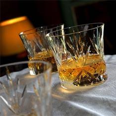 Россияне переключаются с водки на коньяк, виски и текилу