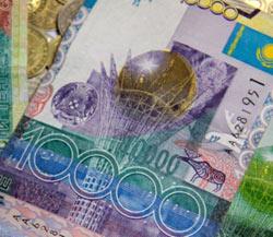 Курс тенге снизился к евро, швейцарскому франку и канадскому доллару