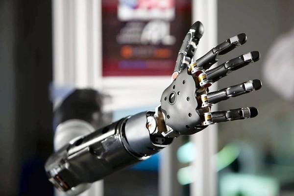 Бионическая рука сделать самому Страж-Инвест