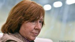 За что русофилы развернули травлю Светланы Алексиевич – мнение Ерофеева