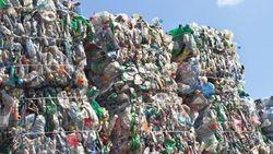 Великобритания тонет в пластиковом мусоре