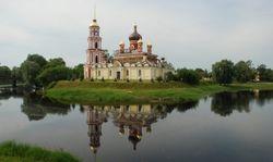 Священник из Старой Руссы отлучил от церкви тех, кто пошел воевать в Украину