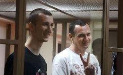 Украина будет добиваться освобождения Сенцова и Кольченко из России